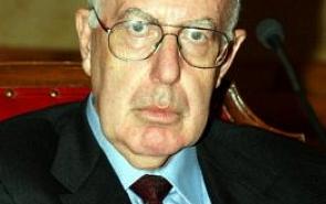 Дарио  Вело