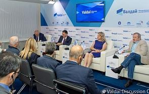 Экспертная дискуссия по итогам G20 с участием Светланы Лукаш, Сергея Сторчака и Александра Панкина