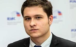 Антон Цветов