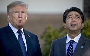 Гольф-дипломатия: чего ждёт японский премьер от встречи с Трампом