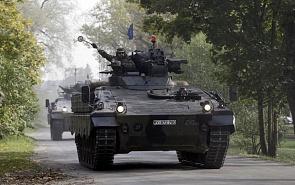 Новая холодная война: НАТО моет машину