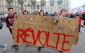 Синтез двух бунтов: почему западному избирателю близка радикальная риторика