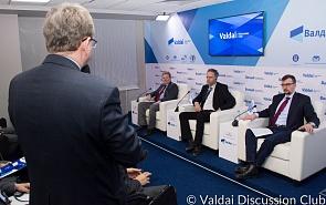 Фотогалерея: Экспертная дискуссия, посвящённая российско-американским отношениям