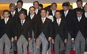 Золотой век японской политики после времени «премьеров вращающихся дверей»