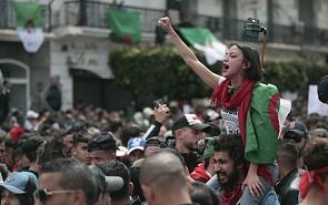 Атмосфера народного гнева. Как реагировать России на события в Алжире?